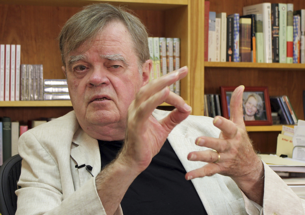 """In this July 26, 2017 photo, Garrison Keillor, creator and former host of, """"A Prairie Home Companion,"""" talks at his St. Paul, Minn., office. Now that ..."""