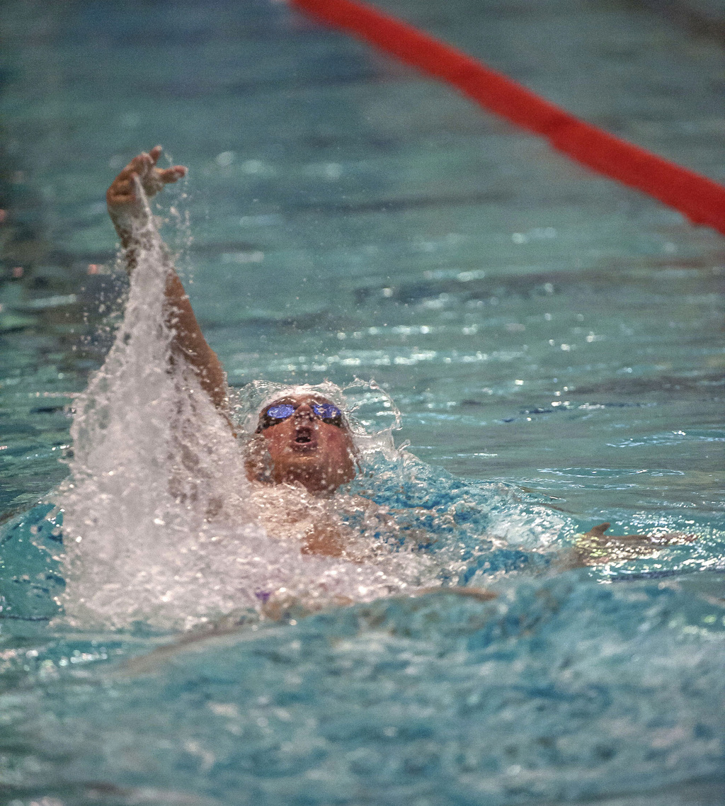 Ryan Lochte swims on the way to a fifth-place finish in the men's 100-meter backstroke Saturday, Aug. 5, 2017, at the U.S. Open in East Meadow, N.Y. (...