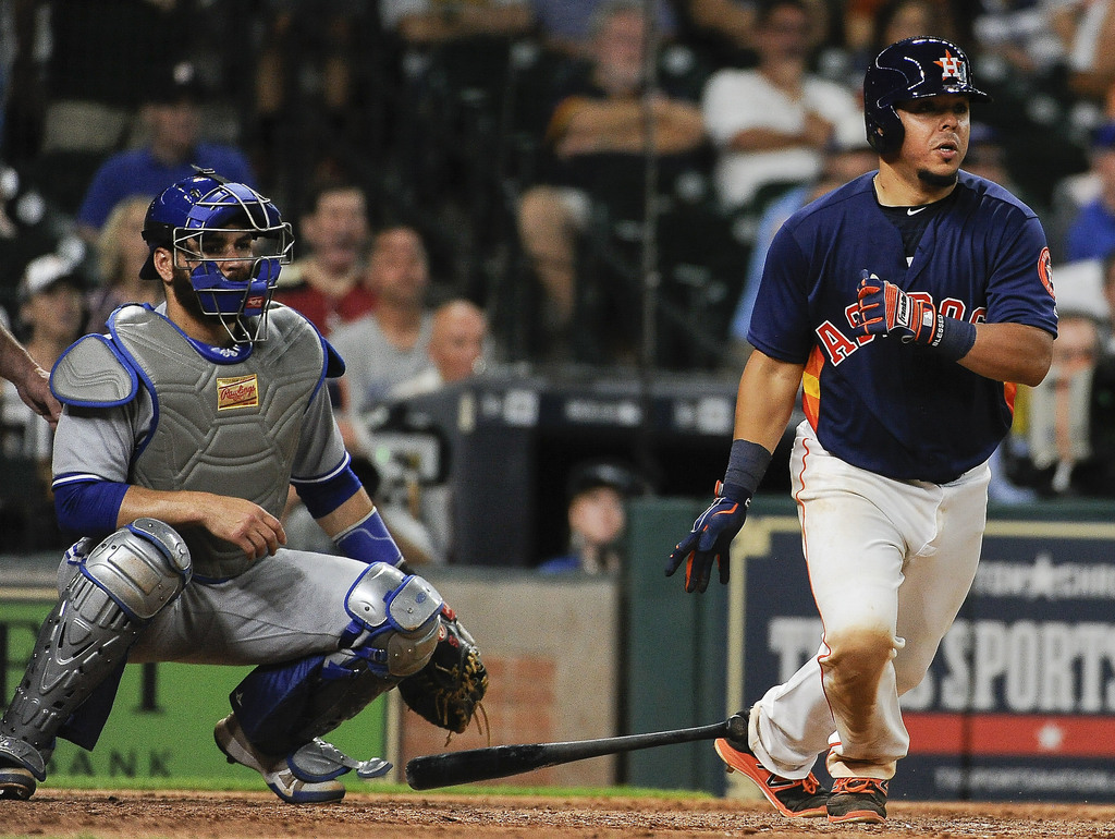 Houston Astros' Juan Centeno hits a winning single during the ninth inning of a baseball game against the Toronto Blue Jays, Sunday, Aug. 6, 2017, in ...