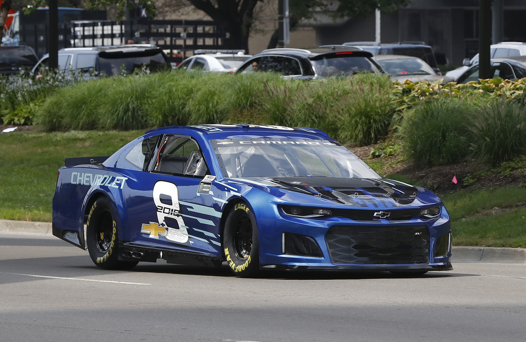 Earnhardt calls Harvick's comments 'hurtful' | Taiwan News