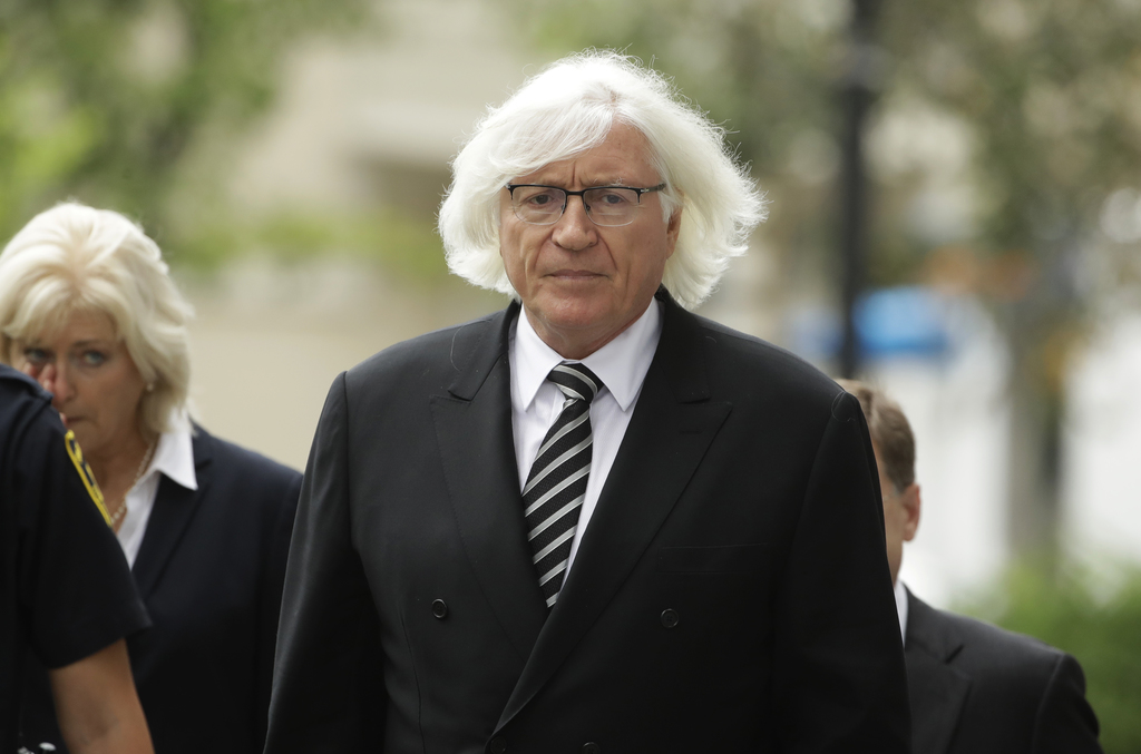 Attorney Tom Mesereau arrives for Bill Cosby's pretrial hearing in Cosby's  sexual assault case at the Montgomery County Courthouse in Norristown, Pa.,