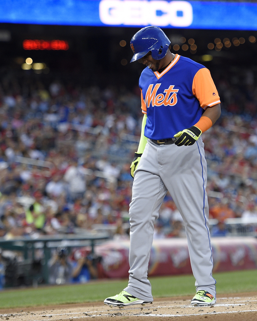 New York Mets' Yoenis Cespedes reacts during the first inning of a baseball game against the Washington Nationals, Friday, Aug. 25, 2017, in Washingto...
