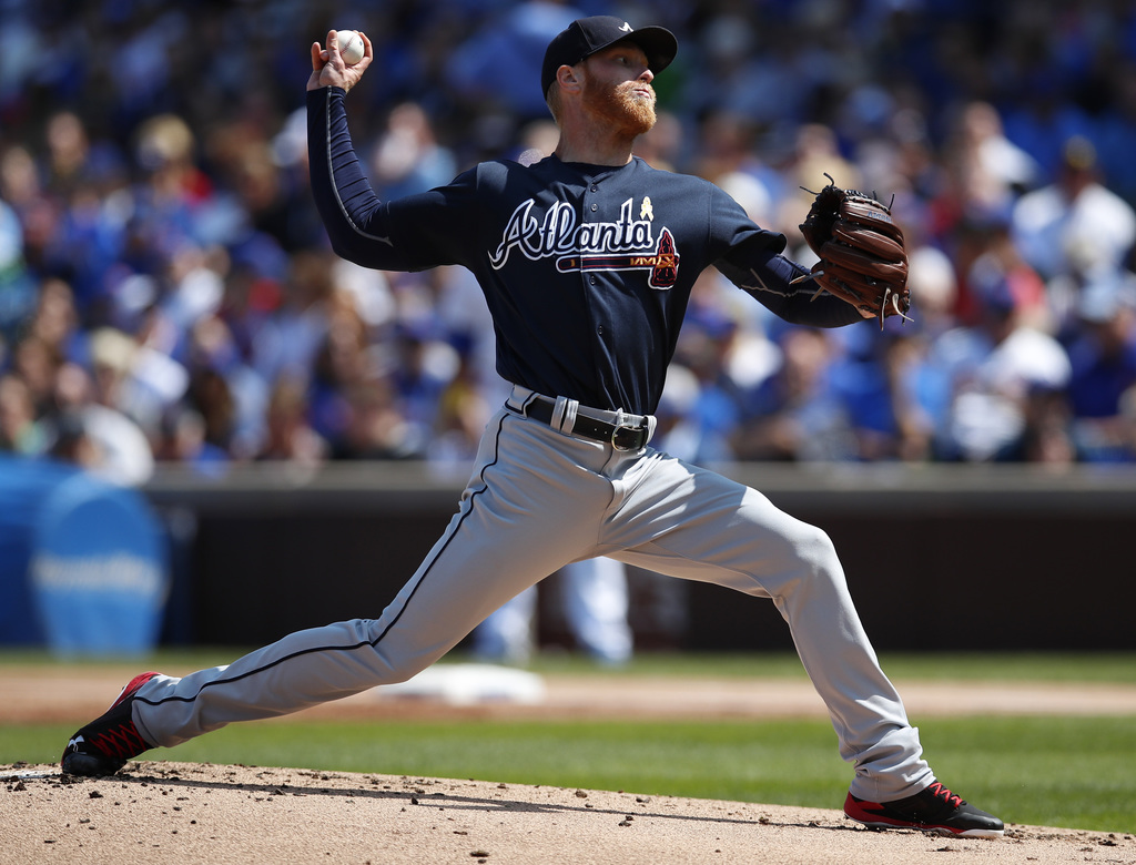 Atlanta Braves' Mike Foltynewicz (26) pitches to the Chicago Cubs during the first inning of a baseball game Friday, Sept. 1, 2017, in Chicago. (AP Ph...