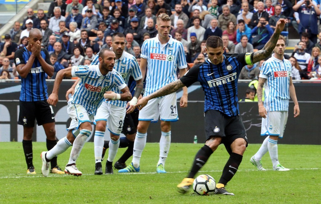 Inter Milan's Mauro Icardi scores during the Serie A soccer match between Inter Milan and Spal, at the San Siro Stadium in Milan, Italy, Sunday, Sept....