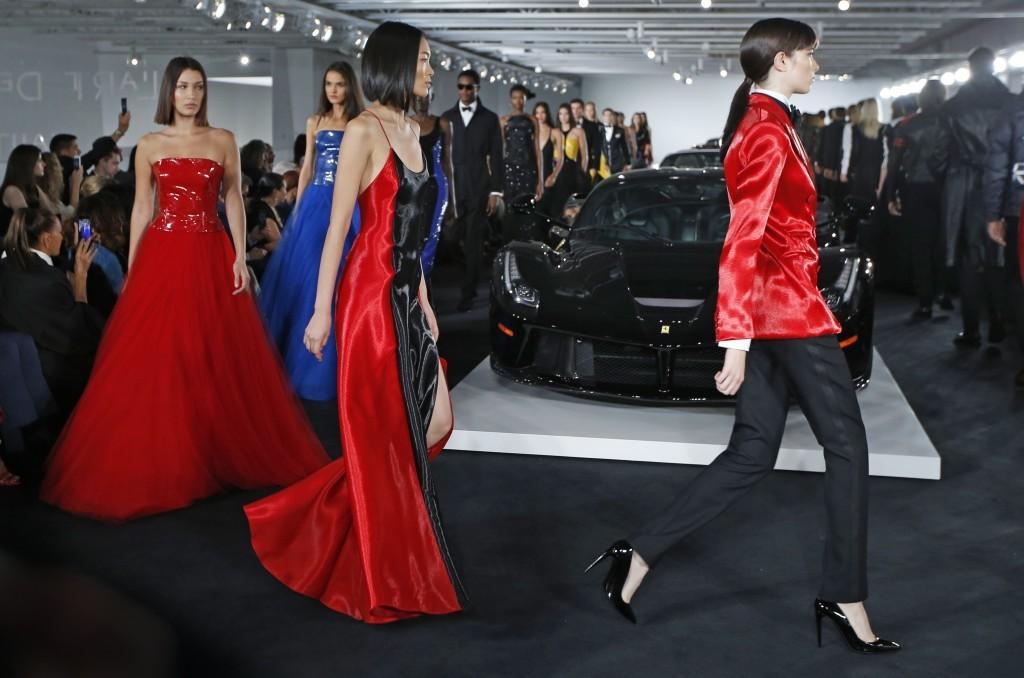 Lauren Ralph Lauren Designer Channels 007 In Opulent Show Taiwan News
