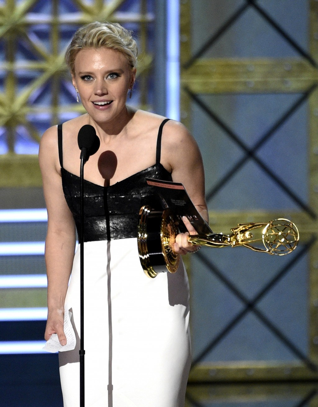 "Kate McKinnon accepts the award for outstanding supporting actress in a comedy series for ""Saturday Night Live"" at the 69th Primetime Emmy Awards on S..."