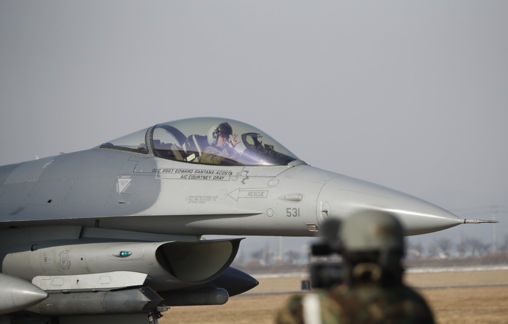 A U.S. Air Force F-16 fighter jet takes part in a joint aerial drills called Vigilant Ace between U.S and South Korea, at the Osan Air Base in Pyeongt
