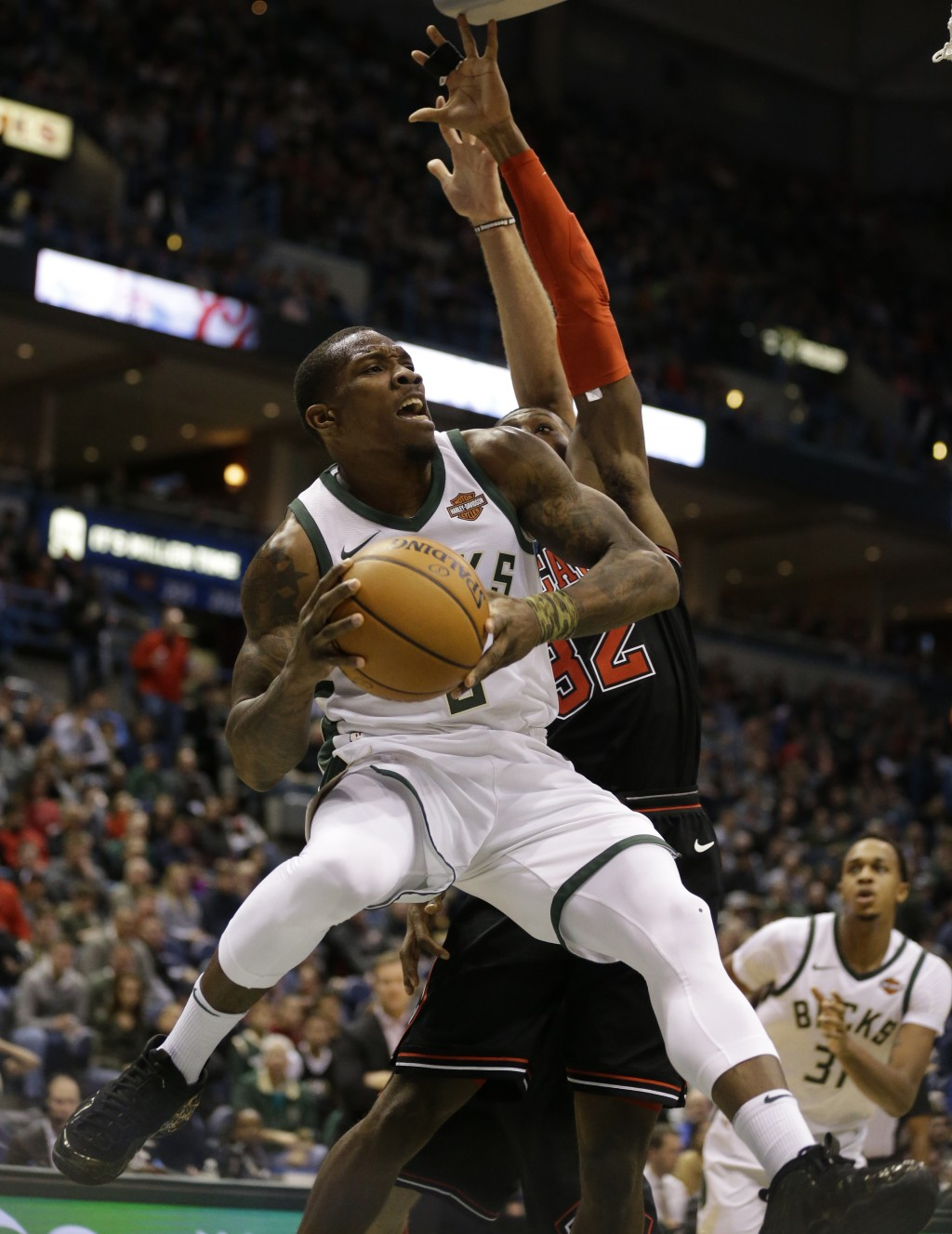 Milwaukee Bucks' Eric Bledsoe drives against the Chicago Bulls during the second half of an NBA basketball game Tuesday, Dec. 26, 2017, in Milwaukee. ...