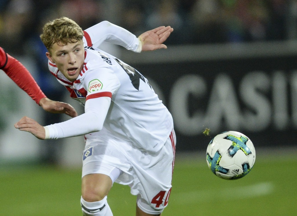 FILE - In this Dec. 1, 2017 file photo. Hamburg's Jann-Fiete Arp plays the ball during the German Bundesliga soccer match between SC Freiburg and Hamb...