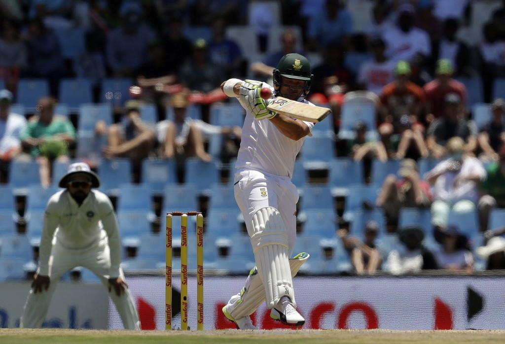 South Africa's Dean Elgar plays a shot during the first day of the second cricket test match between South Africa and India at Centurion Park in Preto