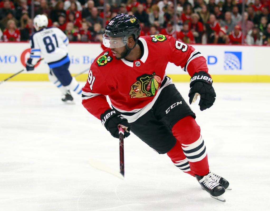 Chicago Blackhawks left wing Anthony Duclair (91) takes the ice for the first time with the team, against the Winnipeg Jets during the first period of