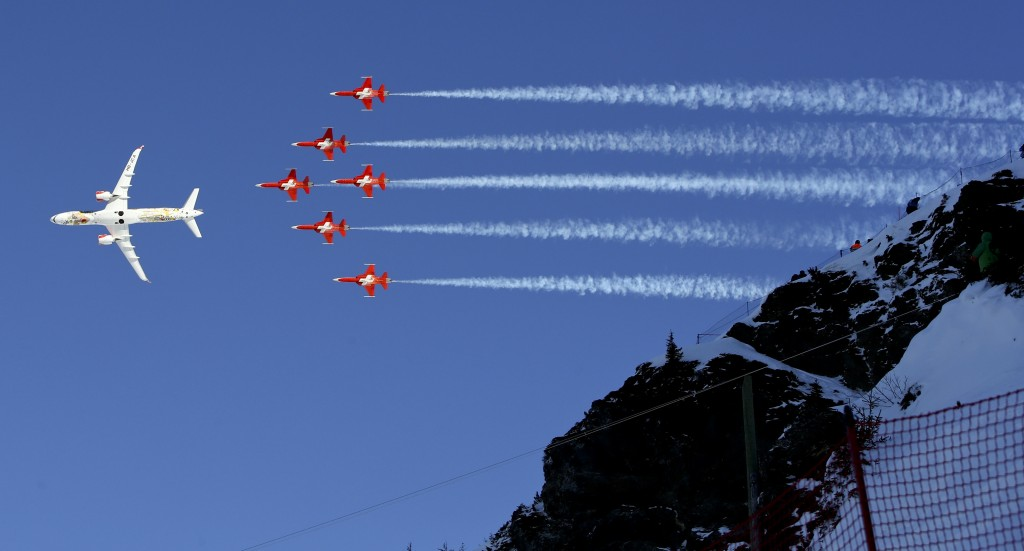 The Swiss Air Force acrobatic squad perform prior to an alpine ski, men's World Cup downhill in Wengen, Switzerland, Saturday, Jan. 13, 2018. (AP Phot