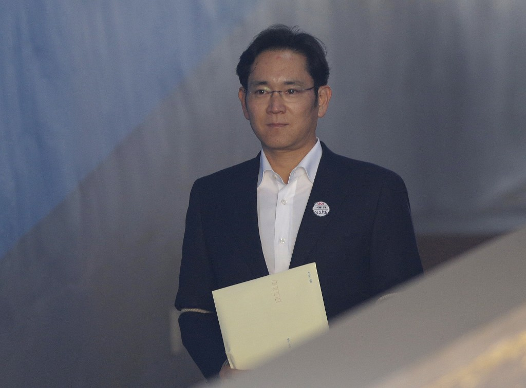South Korea court suspends jail term for Samsung's heir