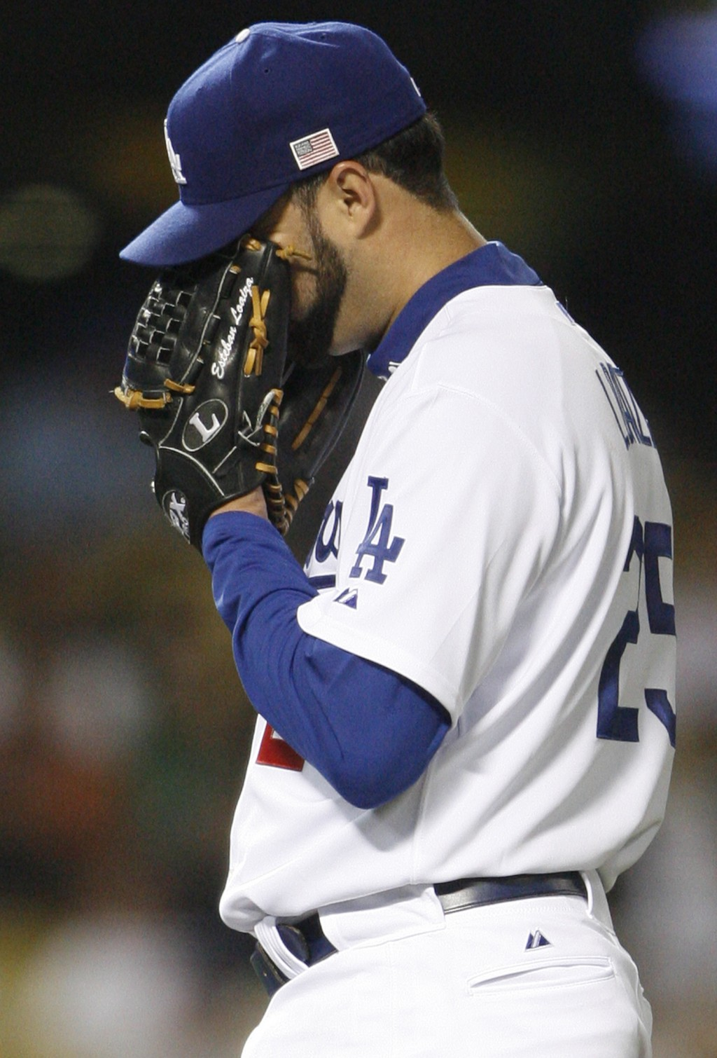 FILE - In this Sept. 11, 2007, file photo, Los Angeles Dodgers pitcher Esteban Loaiza reacts after giving up his third home run in the third inning ag