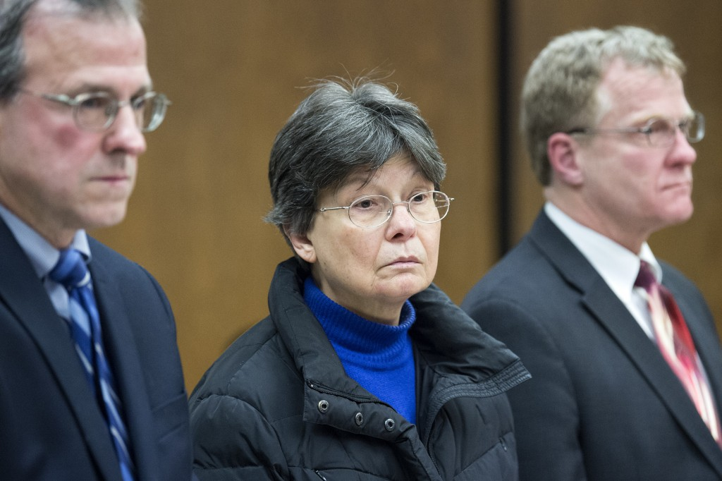 Linda Kosuda-Bigazzi, 70, center, appears at Bristol Superior court for a hearing on a murder charge, Tuesday, Feb. 13, 2018 in Bristol, Conn.  Linda