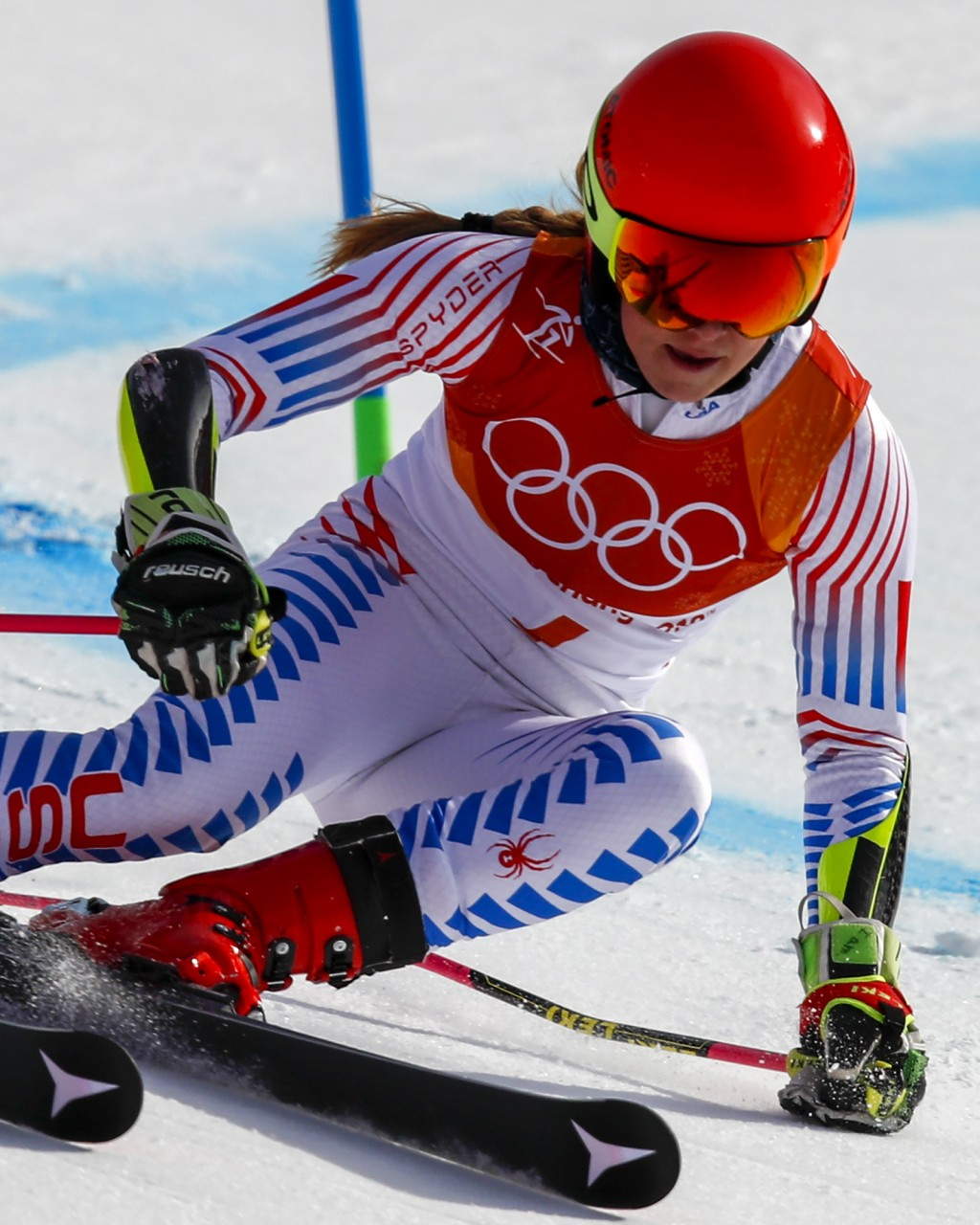 Mikaela Shiffrin, of the United States, skies to victory in the Women's Giant Slalom at the 2018 Winter Olympics in Pyeongchang, South Korea, Thursday