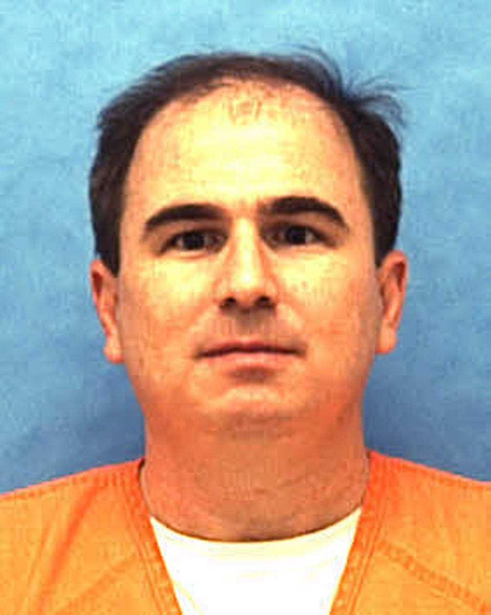 Killer Eric Scott Branch shouts 'murderers!' as he is executed in Florida