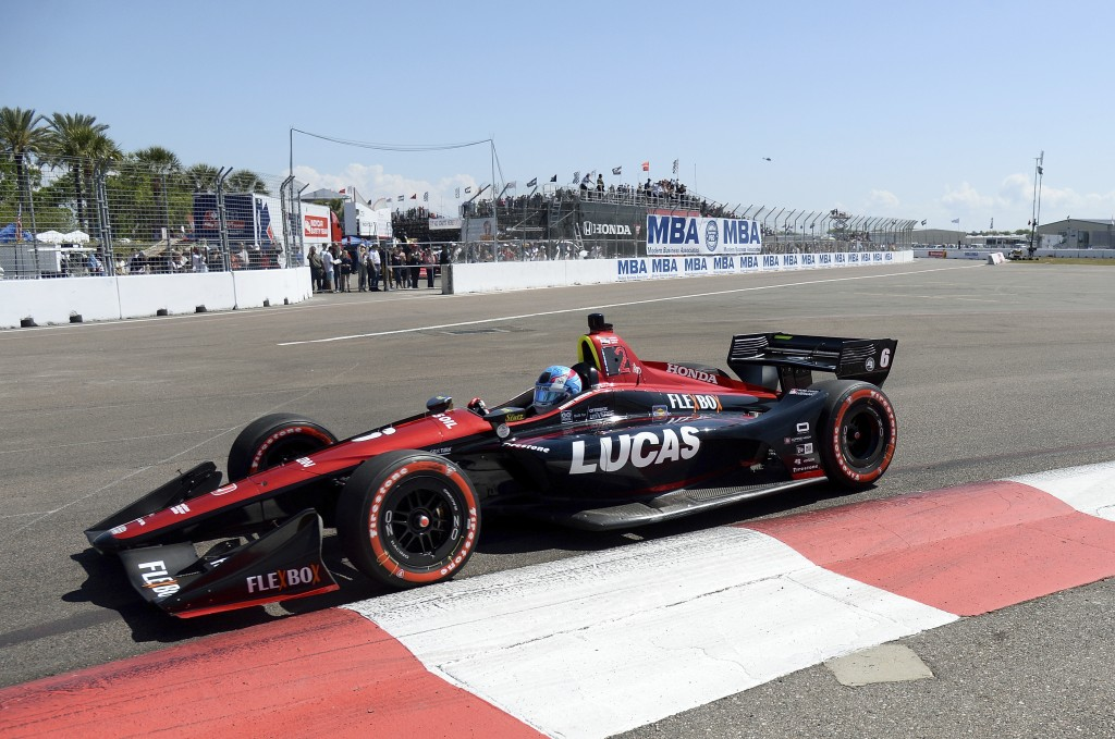 Robert Wickens leads into Turn 2 during the IndyCar Firestone Grand Prix of St. Petersburg, Sunday, March 11, 2018, in St. Petersburg, Fla. (AP Photo/