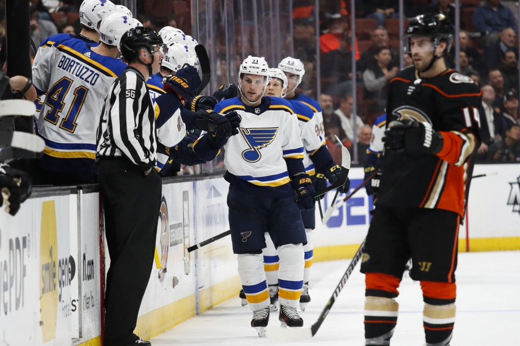St. Louis Blues' Vladimir Sobotka, center, of the Czech Republic, celebrates his goal during the second period of an NHL hockey game against the Anahe