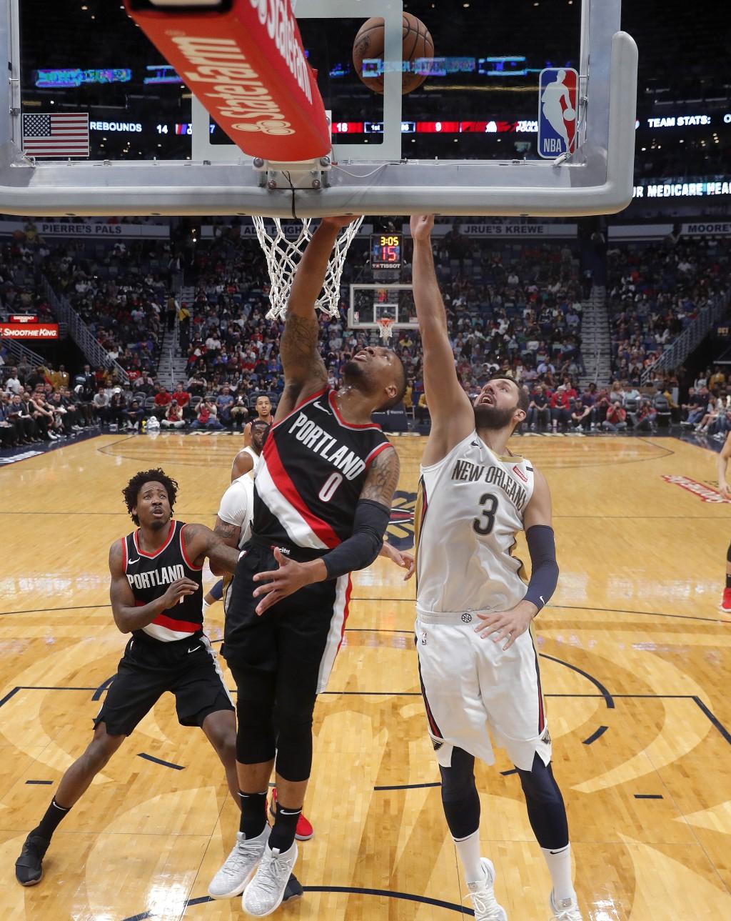 fba16bb9e225 Portland Trail Blazers guard Damian Lillard (0) goes to the basket against  New Orleans