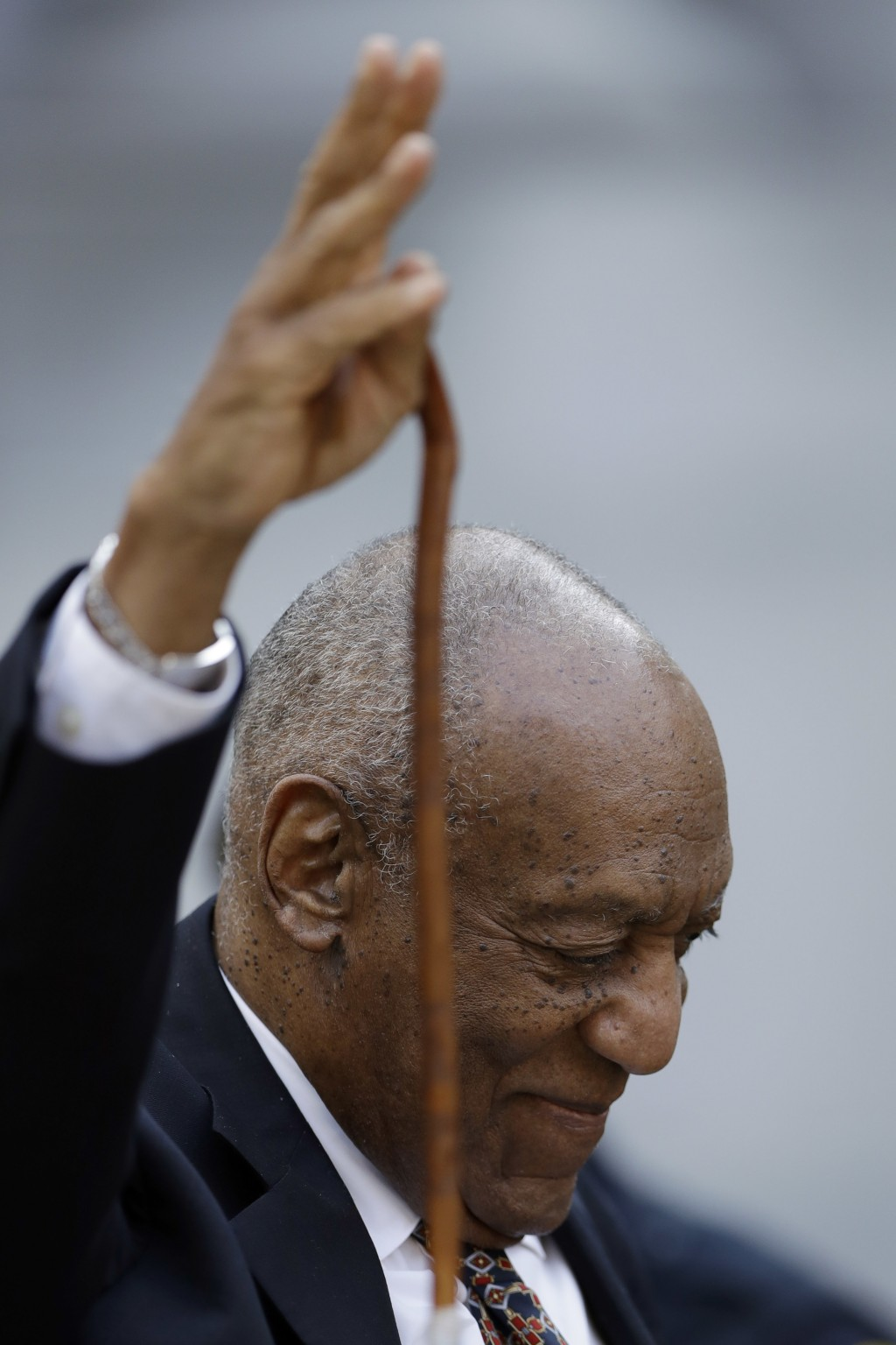 Bill Cosby waves as he departs his sexual assault trial, Friday, April 13, 2018, at the Montgomery County Courthouse in Norristown, Pa. (AP Photo/Matt