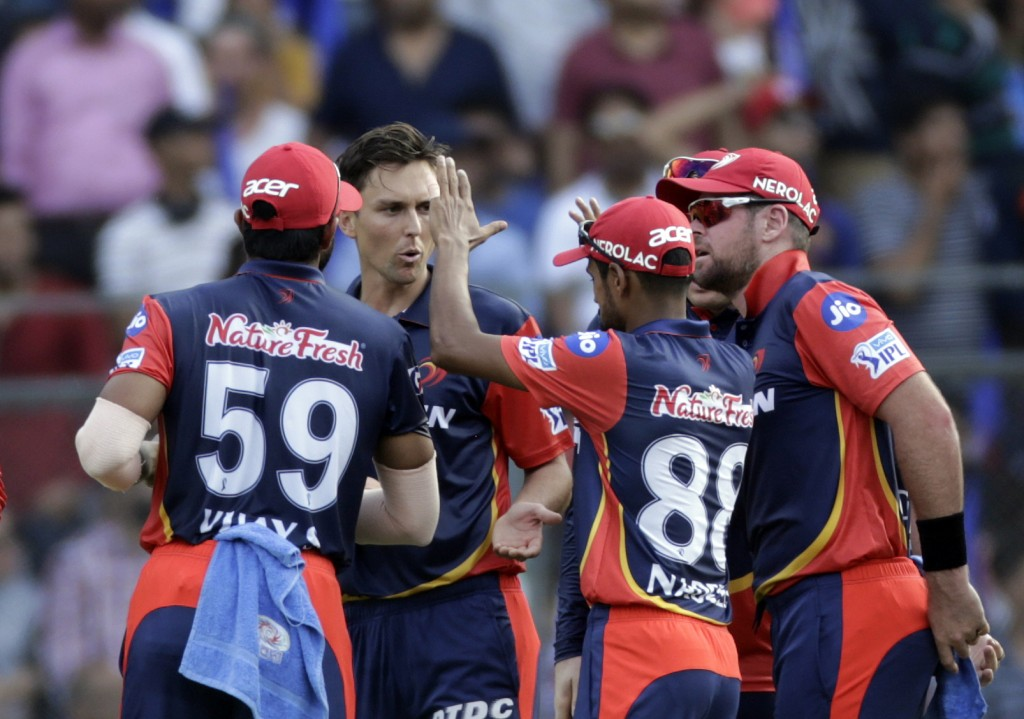 Wicketkeeper felled in freak, 'horrible' IPL falcon