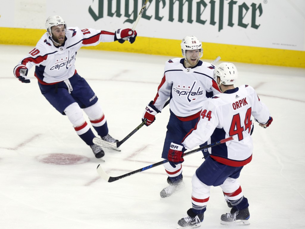 Lars Eller's double-OT winner gives Capitals life against Blue Jackets