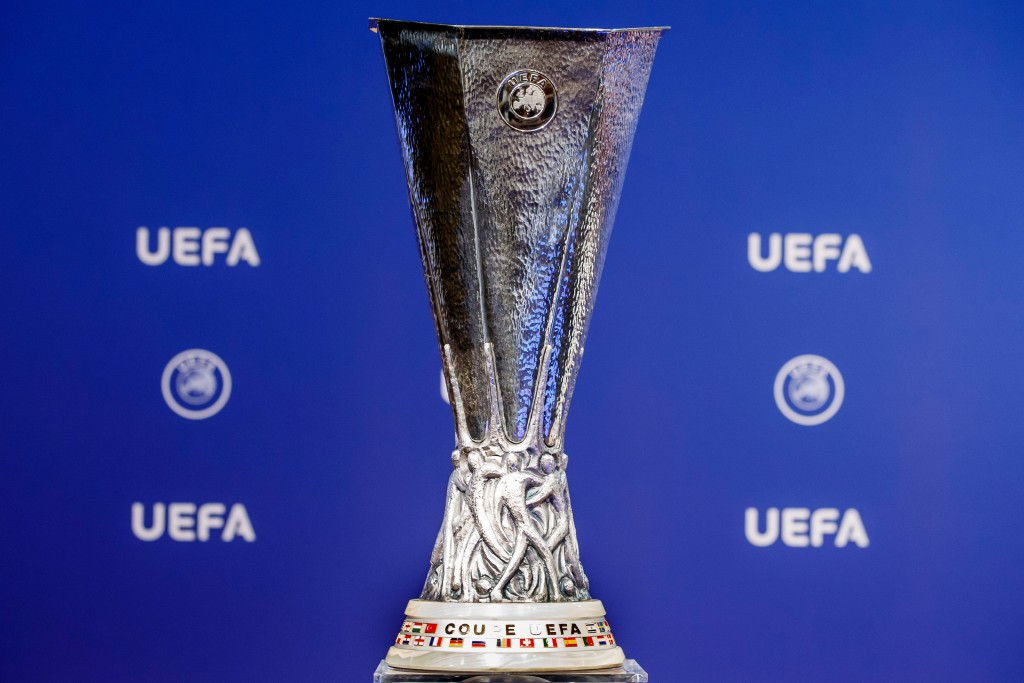 uefa europa league trophy not damaged after taiwan news taiwan news