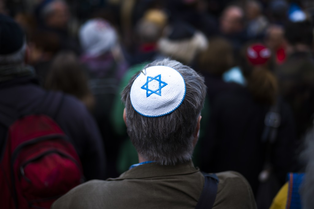 Following Assault, Top German Jewish Leader Urges Community: Don't Wear Kippas