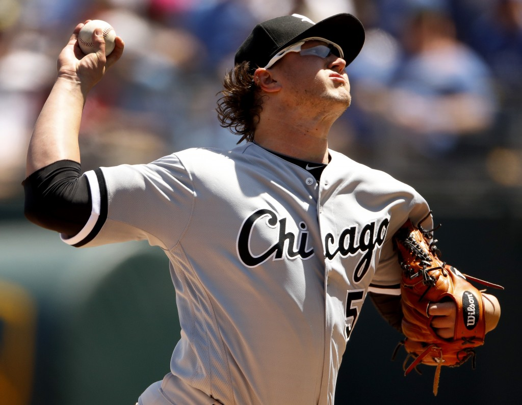 Chicago White Sox starting pitcher Carson Fulmer throws during the first inning of the first baseball game in a doubleheader against the Kansas City R...