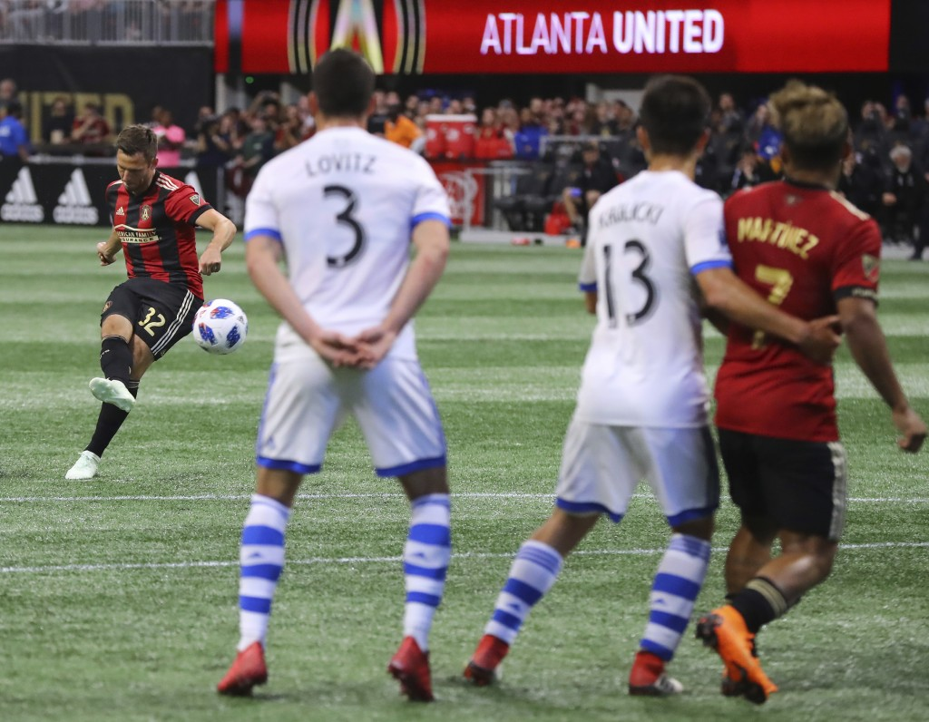 Atlanta United midfielder Kevin Kratz scores the go ahead goal on a free kick during the second half of an MLS soccer game against Montreal Impact Sat...