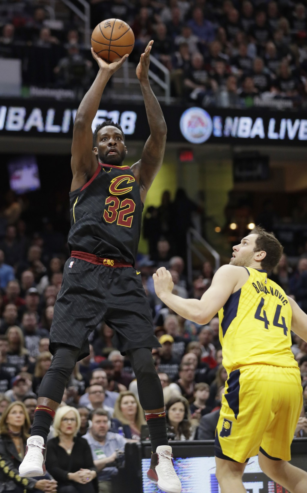 Cleveland Cavaliers' Jeff Green (32) shoots over Indiana Pacers' Bojan Bogdanovic (44), from Croatia, in the first half of Game 7 of an NBA basketball...