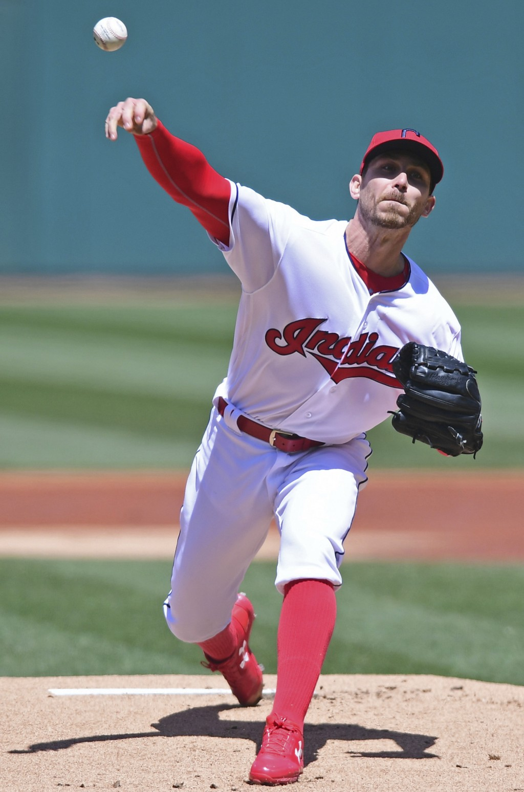 Cleveland Indians starting pitcher Josh Tomlin delivers in the first inning of a baseball game against the Seattle Mariners, Sunday, April 29, 2018, i...