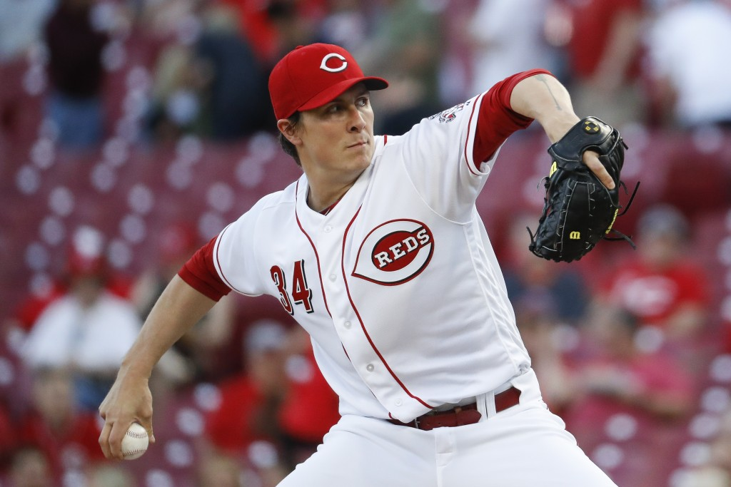 Cincinnati Reds starting pitcher Homer Bailey throws during the first inning of the team's baseball game against the Milwaukee Brewers, Tuesday, May 1...