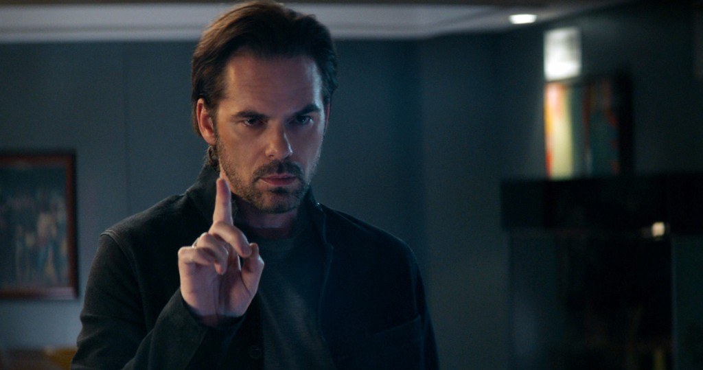 """This image released by Universal Pictures shows Billy Burke in """"Breaking In."""" (Universal Pictures via AP)"""