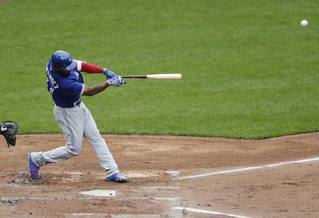 Toronto Blue Jays' Teoscar Hernandez (37) hits a two-run home run during the fourth inning of a baseball game against the New York Mets Wednesday, May