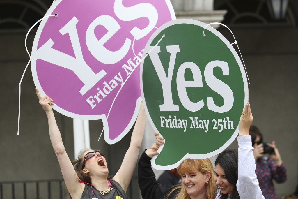 Final campaign push before bitter Irish abortion vote