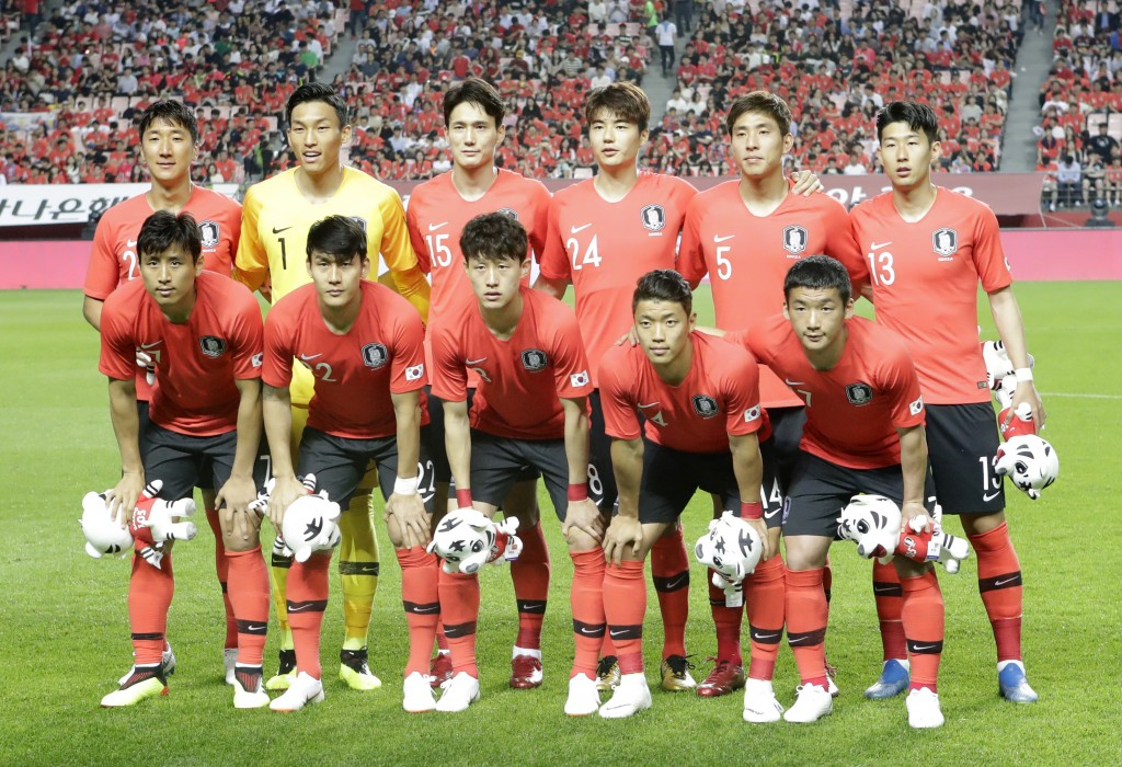 South Korea's national soccer team players, front row from left, Koo Ja-cheol, Lee Yong, Lee Jae-sung, Hwang Hee-chan, Kim Min-woo, and back row from ...