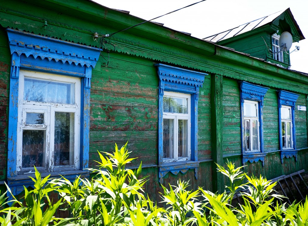 A traditional wooden house in Podolsk near Moscow, Russia, Thursday, June 21, 2018. During the World Cup, Russia is showing itself as a modern power, ...