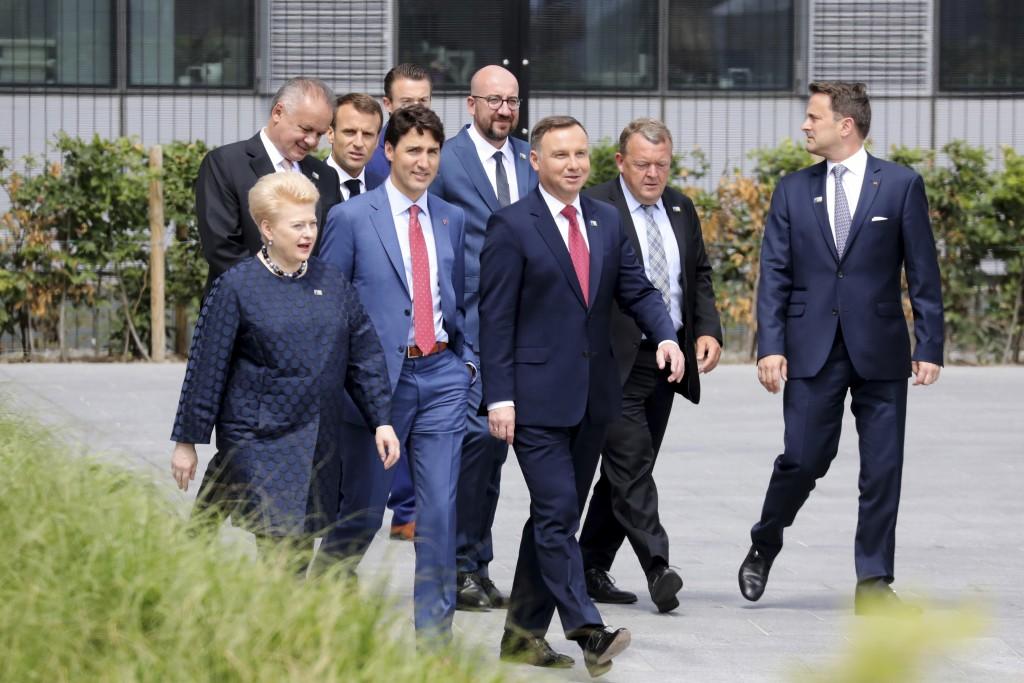First row from the left, Lituania's President Dalia Grybauskaite, Canada's Prime Minister Justin Trudeau, Poland's President Andrzej Duda, Denmark's P