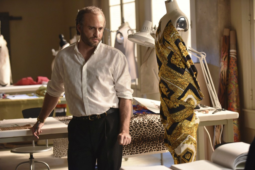 "This image released by FX shows Edgar Ramirez as Gianni Versace in a scene from ""The Assassination of Gianni Versace: American Crime Story."" On Thursd"