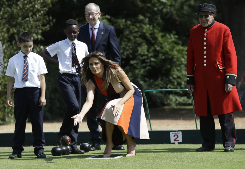 "U.S. First Lady Melania Trump plays bowls she meets British military veterans known as ""Chelsea Pensioners"" at The Royal Hospital Chelsea in central L"