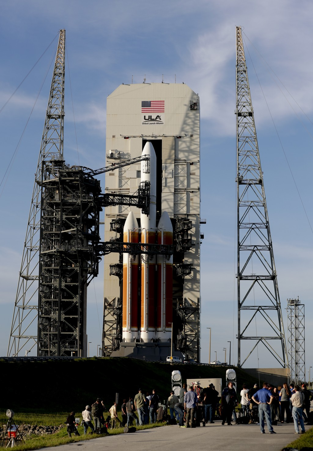 The tower structure for a Delta IV rocket rolls back for launch at complex 37 at the Kennedy Space Center, Friday, Aug. 10, 2018, in Cape Canaveral, F