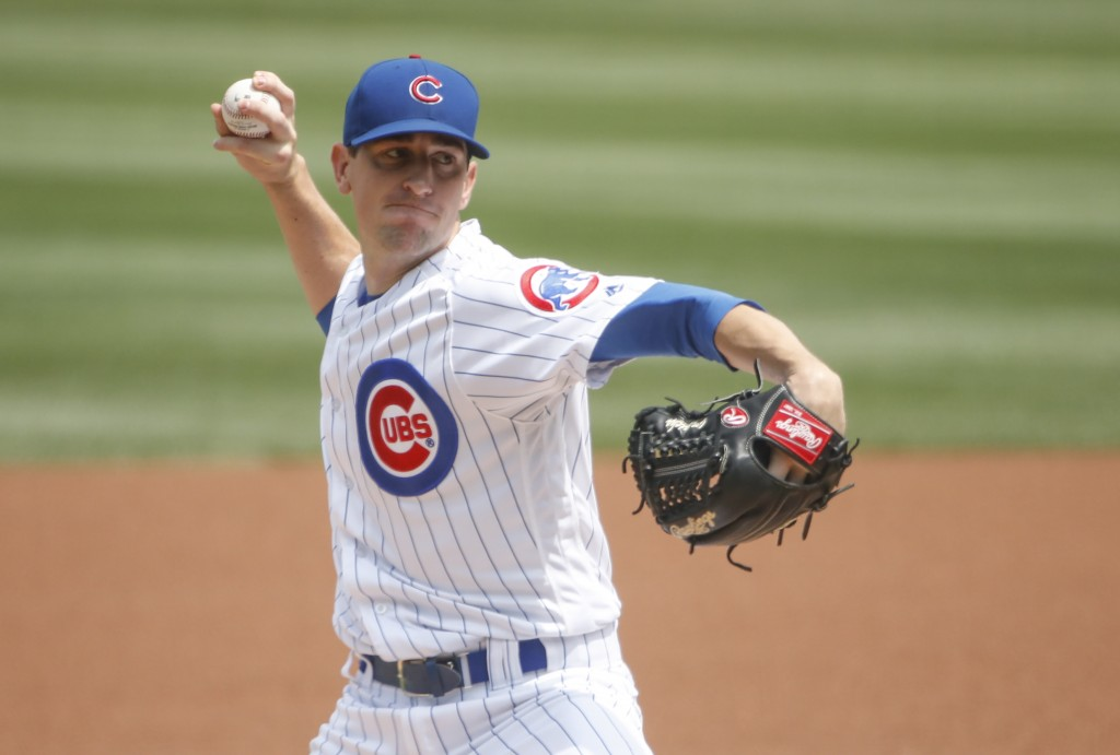 Chicago Cubs starting pitcher Kyle Hendricks delivers against the Washington Nationals during the first inning of a baseball game, Friday, Aug. 10, 20