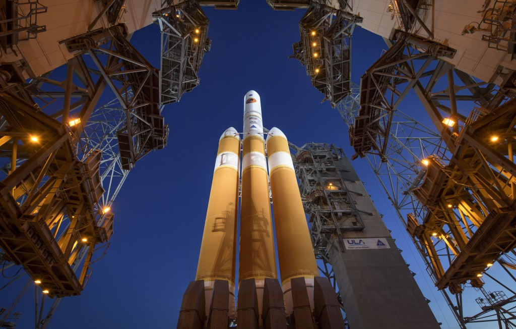 The Mobile Service Tower is rolled back to reveal the United Launch Alliance Delta IV Heavy rocket with the Parker Solar Probe onboard, Saturday, Aug.