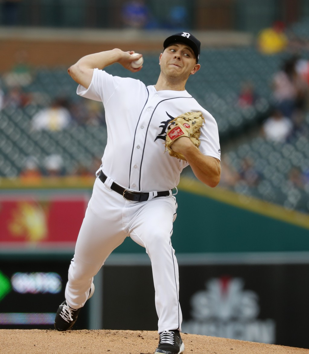 Detroit Tigers pitcher Artie Lewicki throws against the Chicago White Sox in the first inning of a baseball game in Detroit, Monday, Aug. 13, 2018. (A...