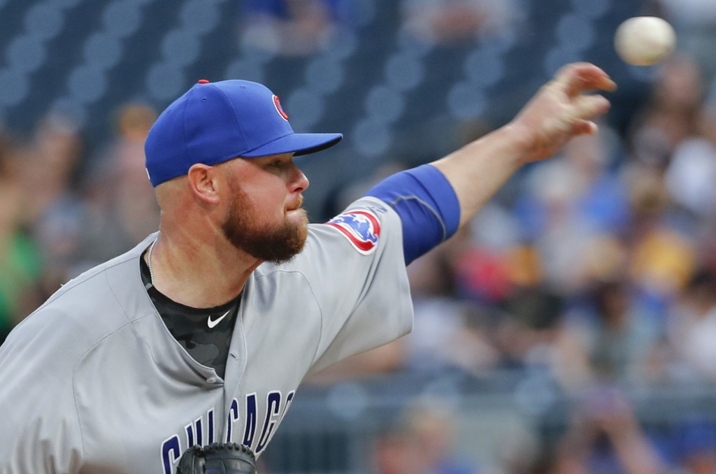 Chicago Cubs starting pitcher Jon Lester throws to a Pittsburgh Pirates batter during the first inning of a baseball game Thursday, Aug. 16, 2018, in ...
