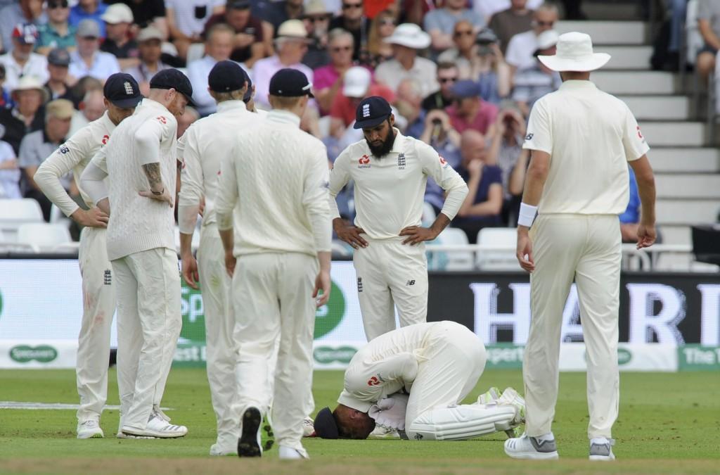 England Wicketkeeper Bairstow Breaks Bone In Taiwan News