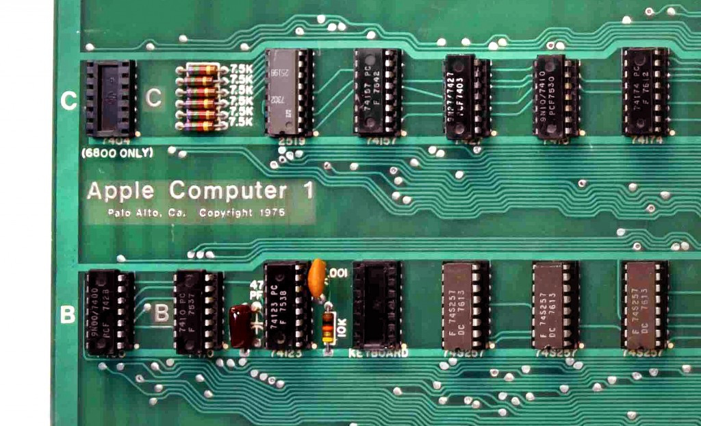 This August 2018 photo provided by RR Auctions shows a close up of the circuit board from a vintage Apple Computer. This Apple-1, which will be auctio...
