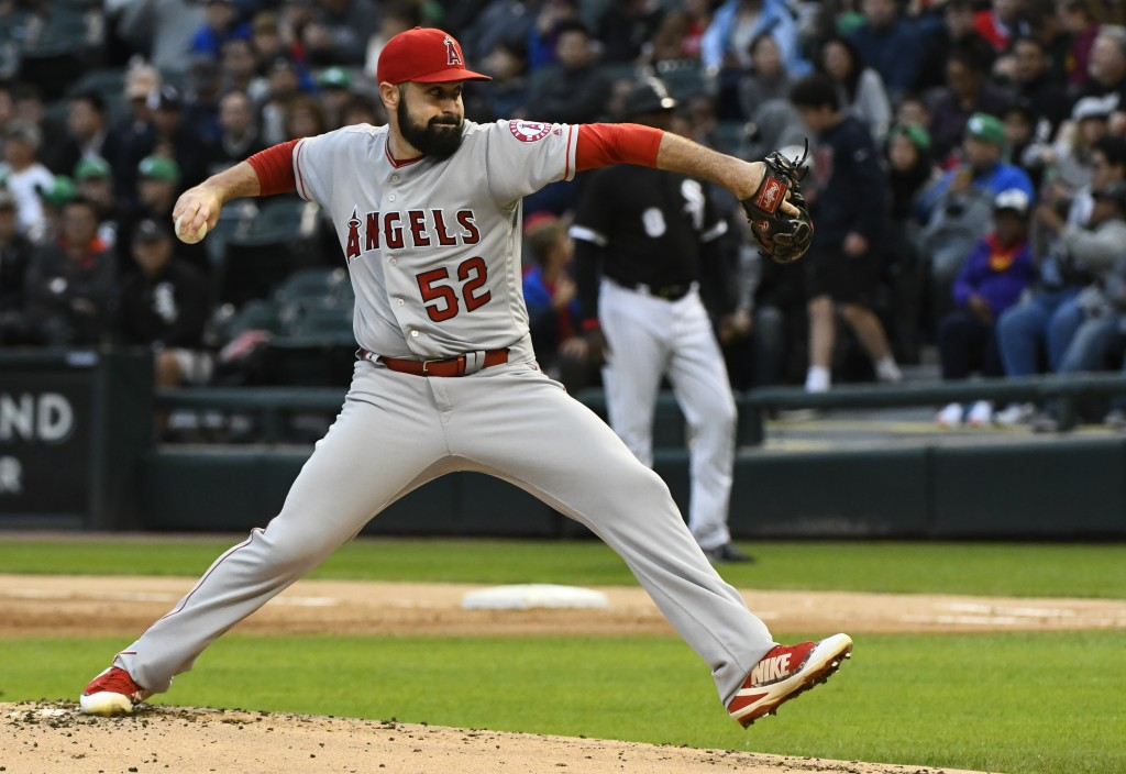 Los Angeles Angels starting pitcher Matt Shoemaker (52) delivers during the first inning of a baseball game against the Chicago White Sox on Saturday,...